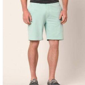 BKE HYBRID Standard fit shorts